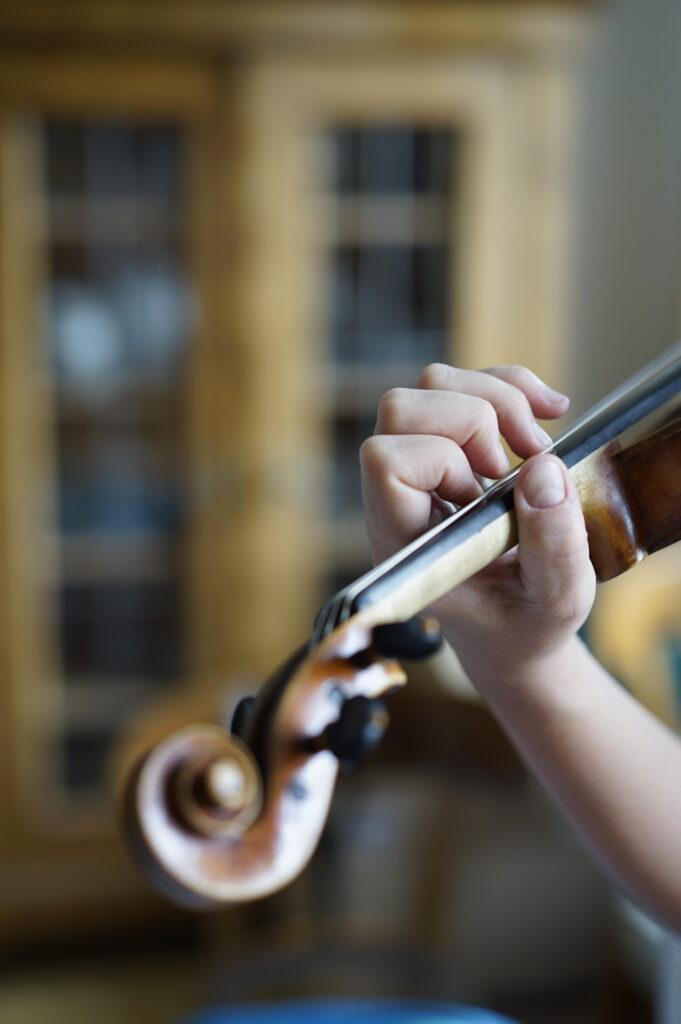 So greift man große Terzen auf der Violine