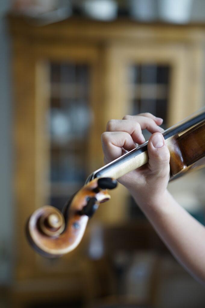 Eine kleine Terz auf der Violine